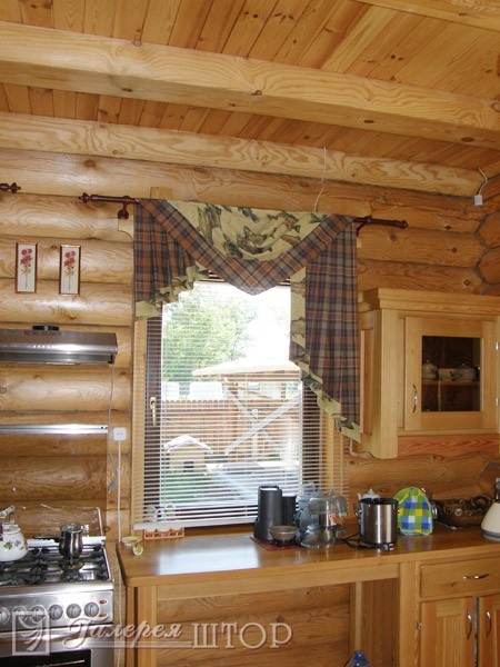 фото штор для кухни с жалюзями